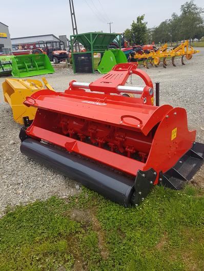 Heavy duty roller on Vigolo general purpose mulcher