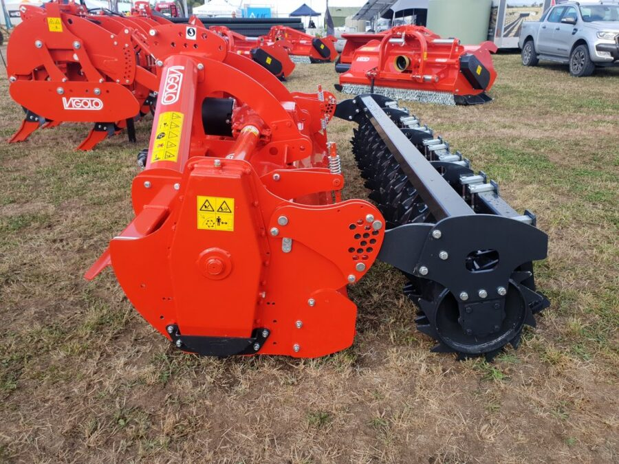 Heavy Duty Rotary hoe with packer roller