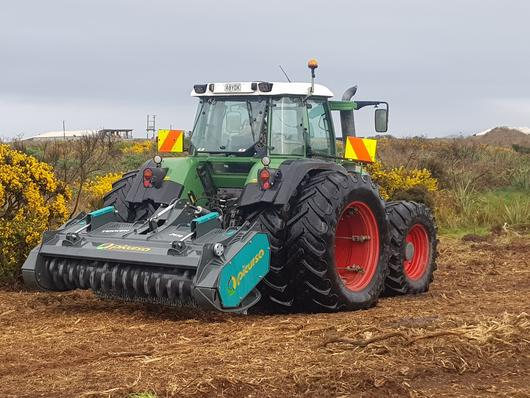 Mulching gorse with Fixed tooth forestry mulcher