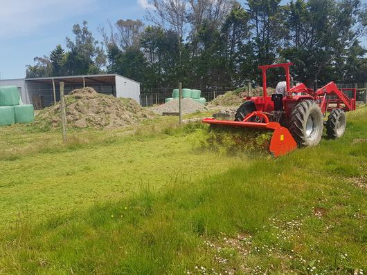 Mulching grass with Vigolo high body mulcher