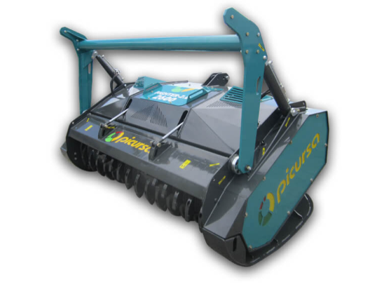 Fixed tooth forestry mulcher with hydraulic pusher bar