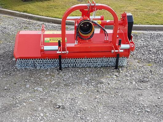 Vigolo orchard mulcher with front protection chains