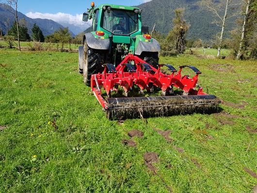 Rata auto-reset grassland aerator