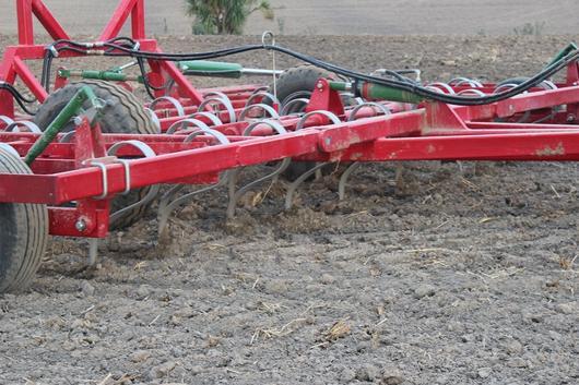 heavy duty trailed maxitill cultivator
